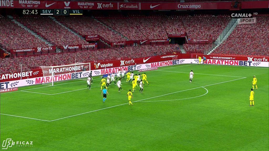 Sevilla FC - Corner - Far