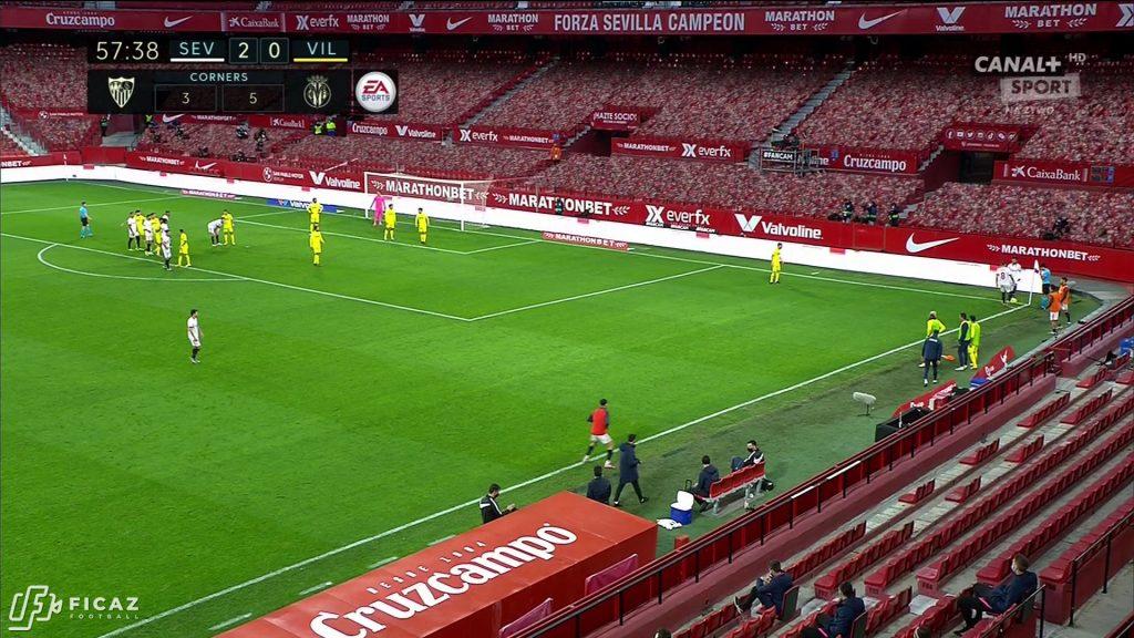 Sevilla FC - Corner - Near